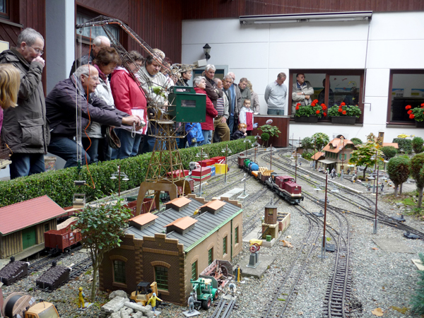 A public garden line in Germany celebrates 20 years