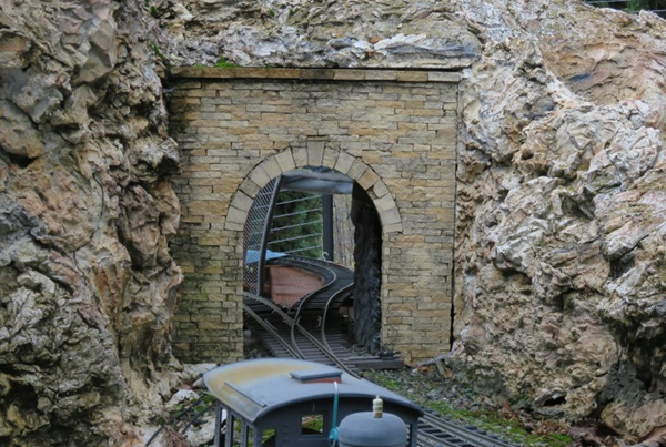 Stacked stone tunnel portal