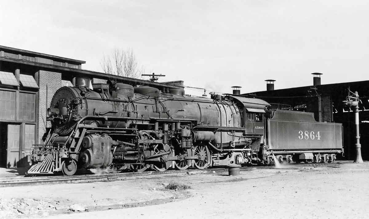 Santa Fe Railway 2-10-2 locomotives