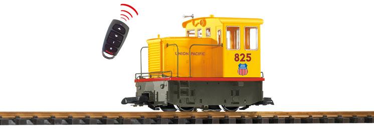 PIKO America large scale General Electric 25-ton diesel locomotive