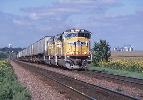 Union Pacific SD70M Creston, Ill.