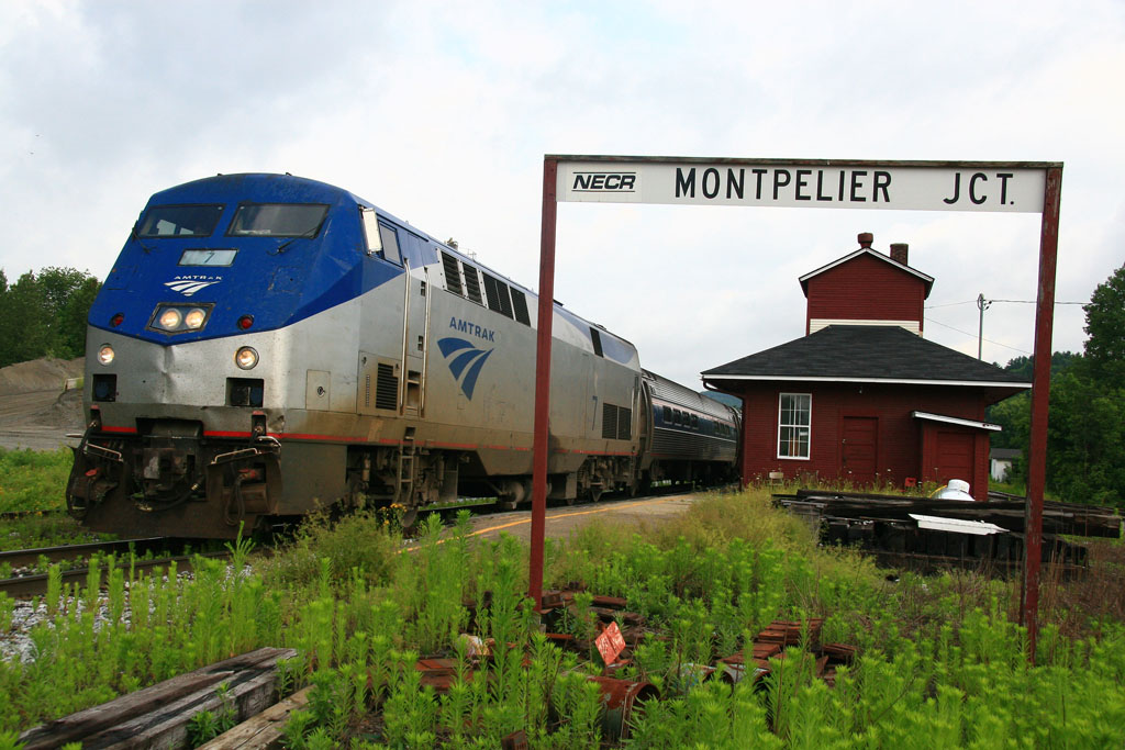 Vermonter departs Montpelier Junction