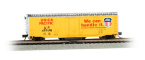 Bachmann Trains N scale 50-foot plug-door boxcar with reusable track cleaning pad