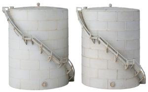 Wm. K. Walthers Inc. N scale oil storage tanks
