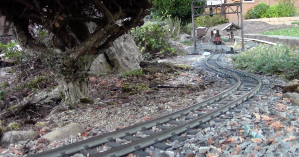 Birdhaven & Hemlock garden railroad
