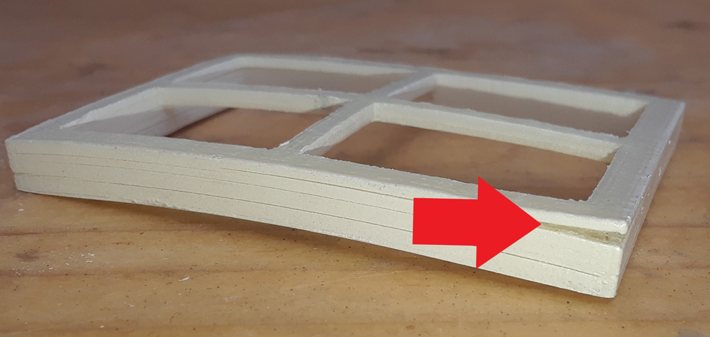 3D printed window with layer separation