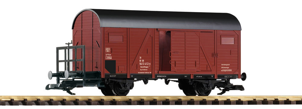 Large scale boxcar