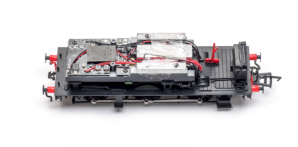 Model Rail/Rapido Trains 16XX 0-6-0PT with shell removed showing circuit board, weight, and speaker