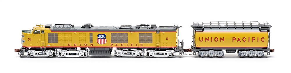 ScaleTrains.com N scale Union Pacific gas-turbine-electric locomotive profile photo of fireman's (left) side with tender