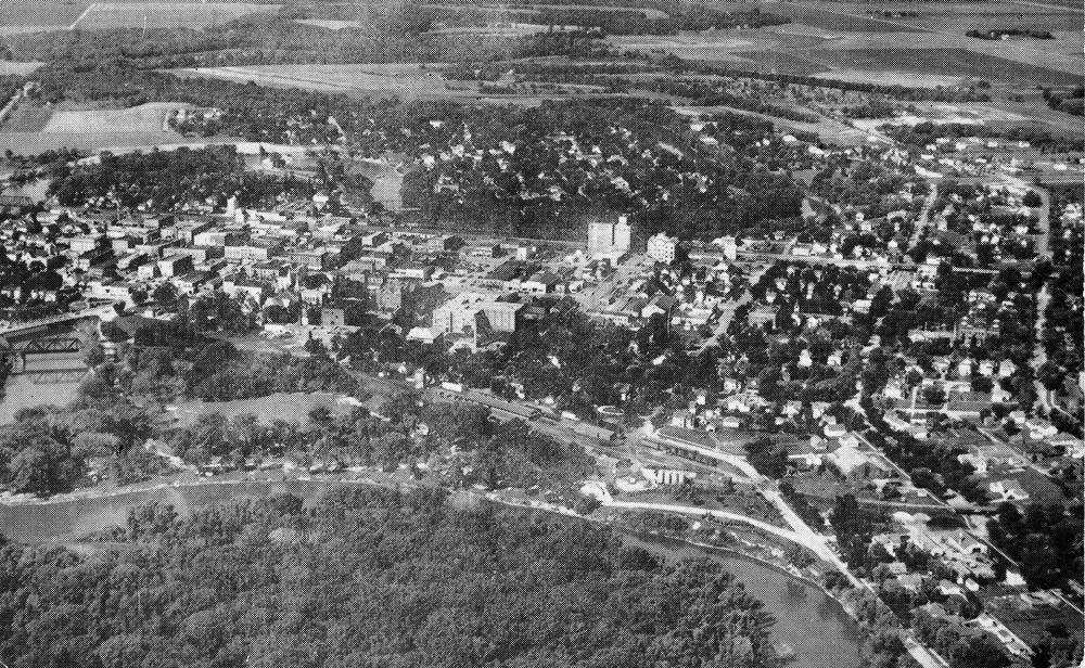 Black-and-white aerial view of Crookston, Minn., looking west in the late 1940s.