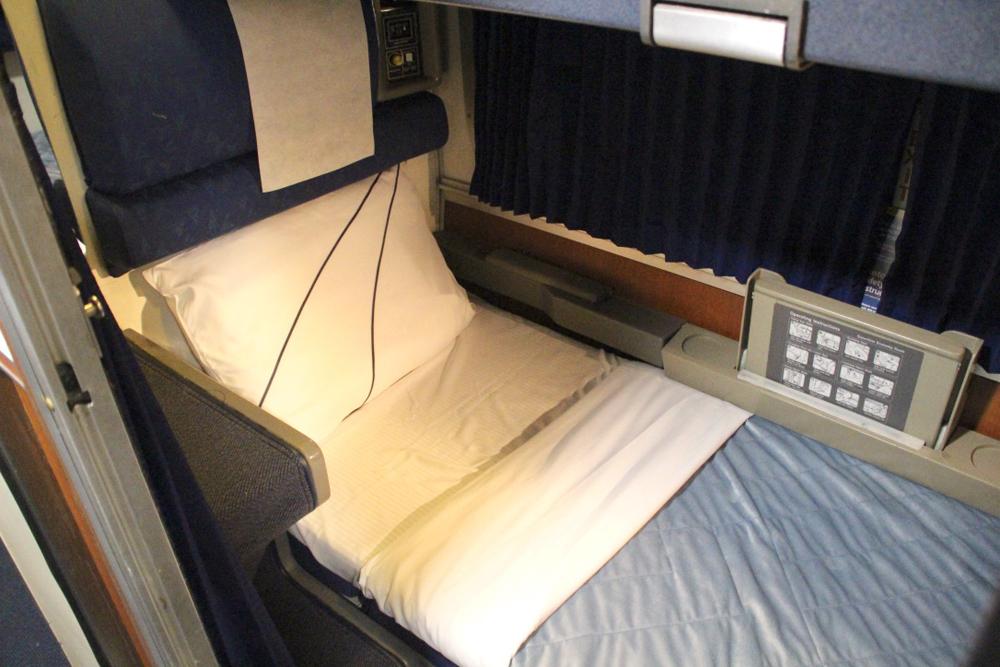 Bed in sleeping car