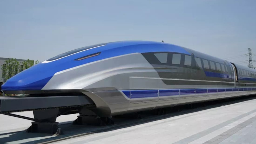 Streamlined blue and silver train with long nose