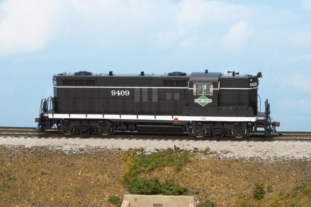 Illinois Central Electro-Motive Division GP18 diesel locomotive.