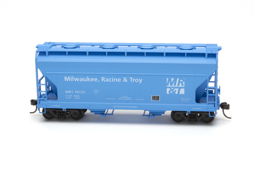 Milwaukee, Racine & Troy 2,970-cubic-foot-capacity two-bay Center Flow covered hopper kit