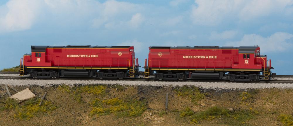 Morristown & Erie Alco Century 424 and 425 diesel locomotives